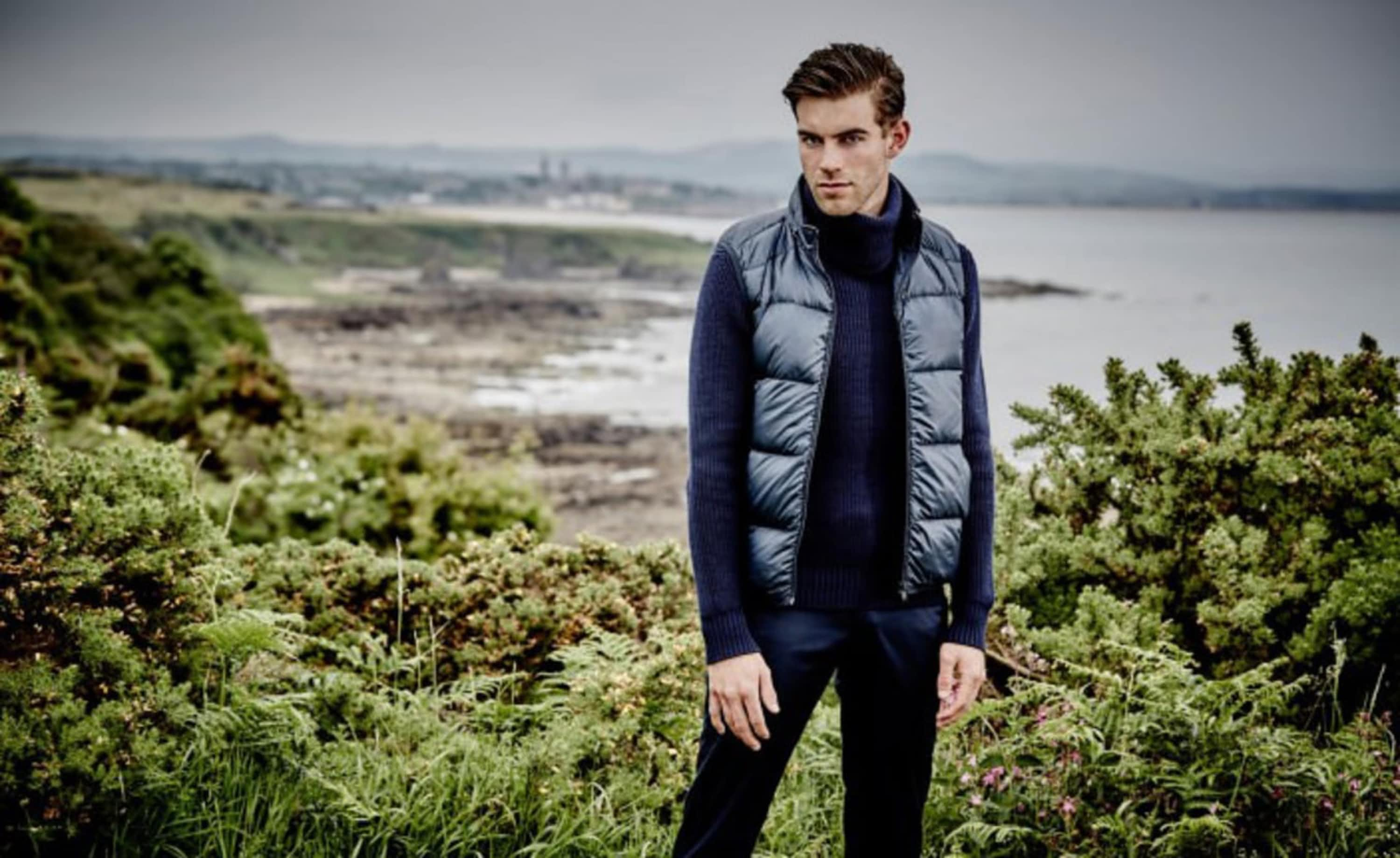 DUNHILL LAUNCHES LUXURY GOLF WEAR